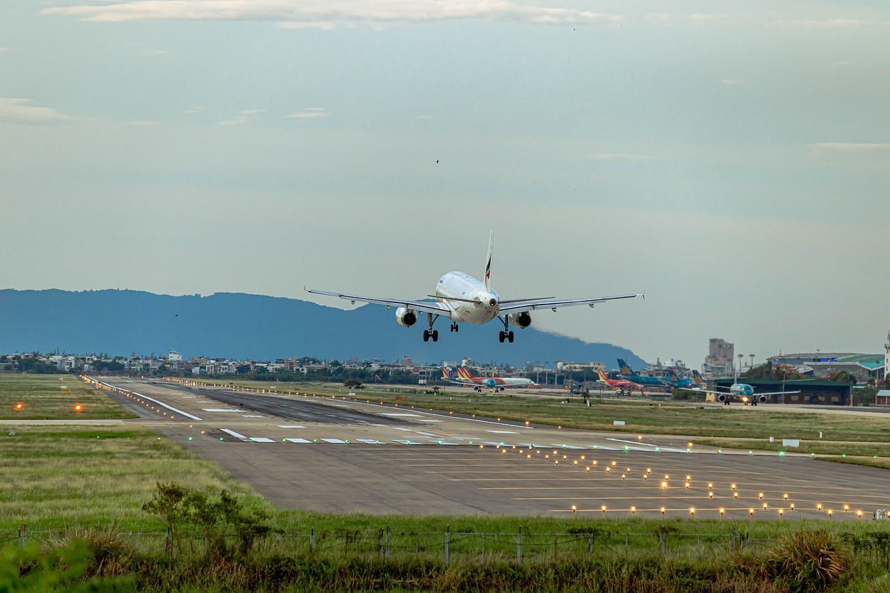2030: zéro émission de gaz carbonique dans les aéroports de la Côte d'azur